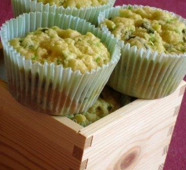 Muffin de Zucchini e Queijo